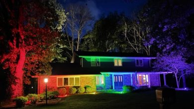 Photo of He Was Forbidden To Fly The Pride Flag: He Reacted By Lighting Up The Whole House In The Colors Of The Rainbow.