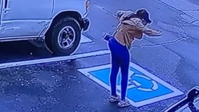 Photo of A Security Camera Immortalizes The Dance Of Joy Of A Homeless Woman: She Passed Her Job Interview (Video).